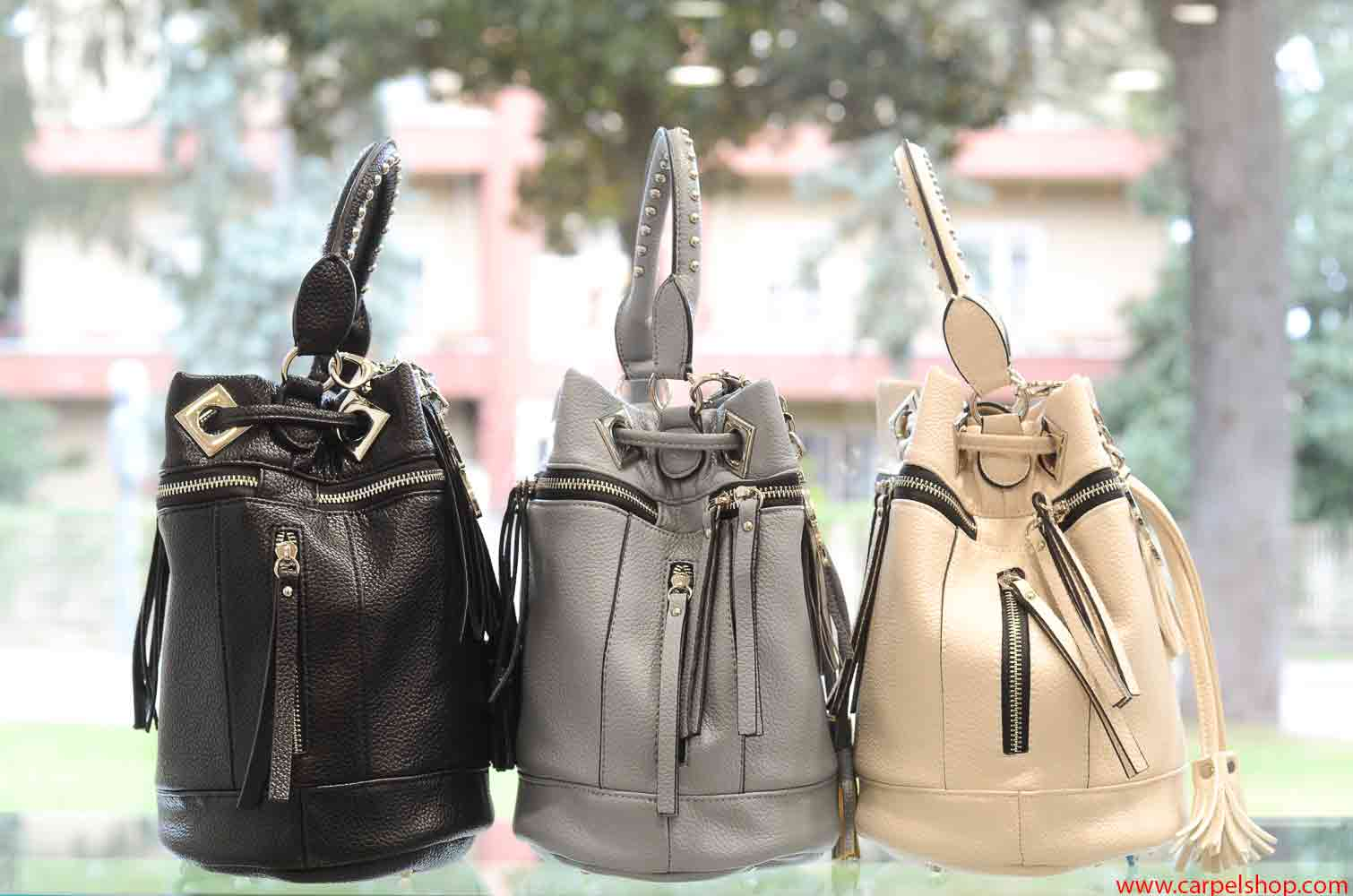 La Carrie Bag Zip nero, celeste, beige